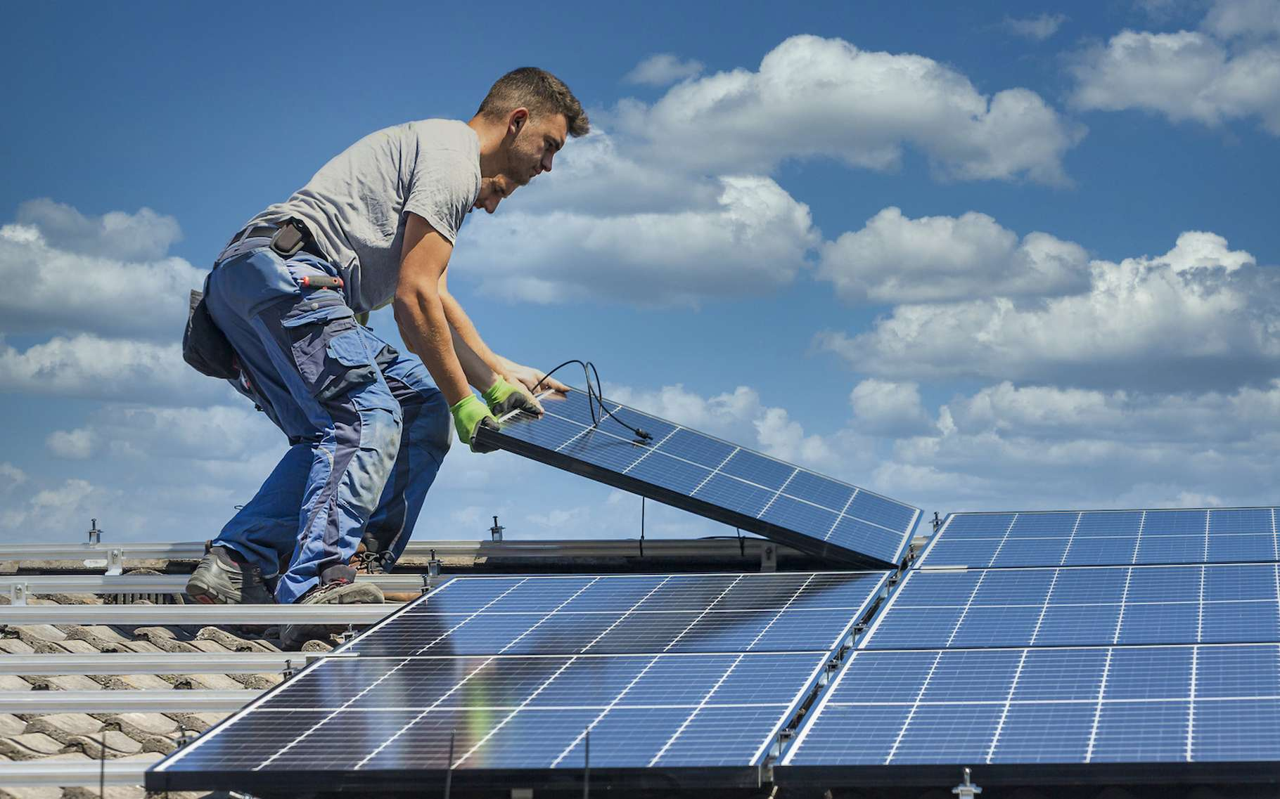 74c8eeec5f 50163598 kit panneau solaire installation